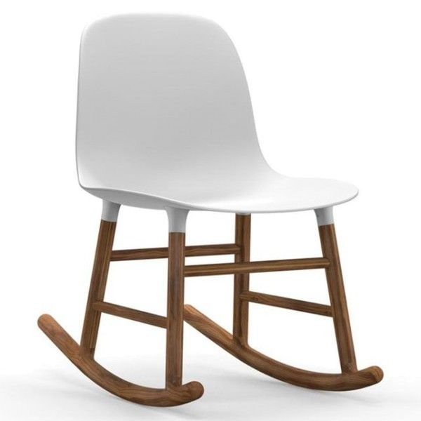 Normann Copenhagen Form Rocking Chair schommelstoel met walnoten onderstel