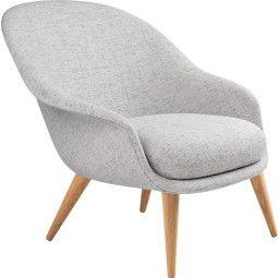 Gubi Bat low wood fauteuil