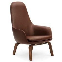Normann Copenhagen Era Lounge Chair High loungestoel met walnoten onderstel