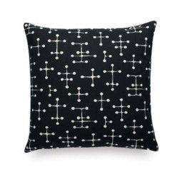 Vitra Small Dot Pattern Document reverse kussen 43x43