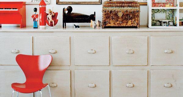 Fritz Hansen Vlinderstoel Series 7 stoel gekleurd essen