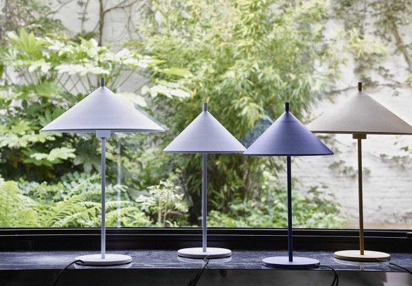 HKliving Metal Triangle tafellamp mat large