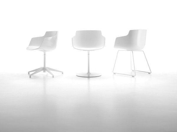 MDF Italia Flow Slim Armchair stoel wit met stalen onderstel