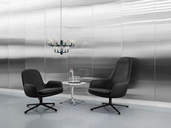 Normann Copenhagen Era Lounge Chair Low Swivel fauteuil met zwart onderstel