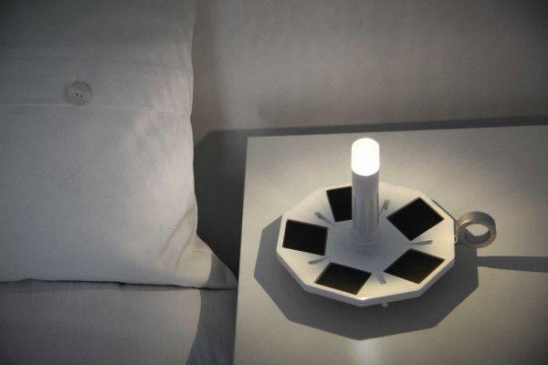Miss Solar Light Miss Nightingale tafellamp oplaadbaar met zonnecel
