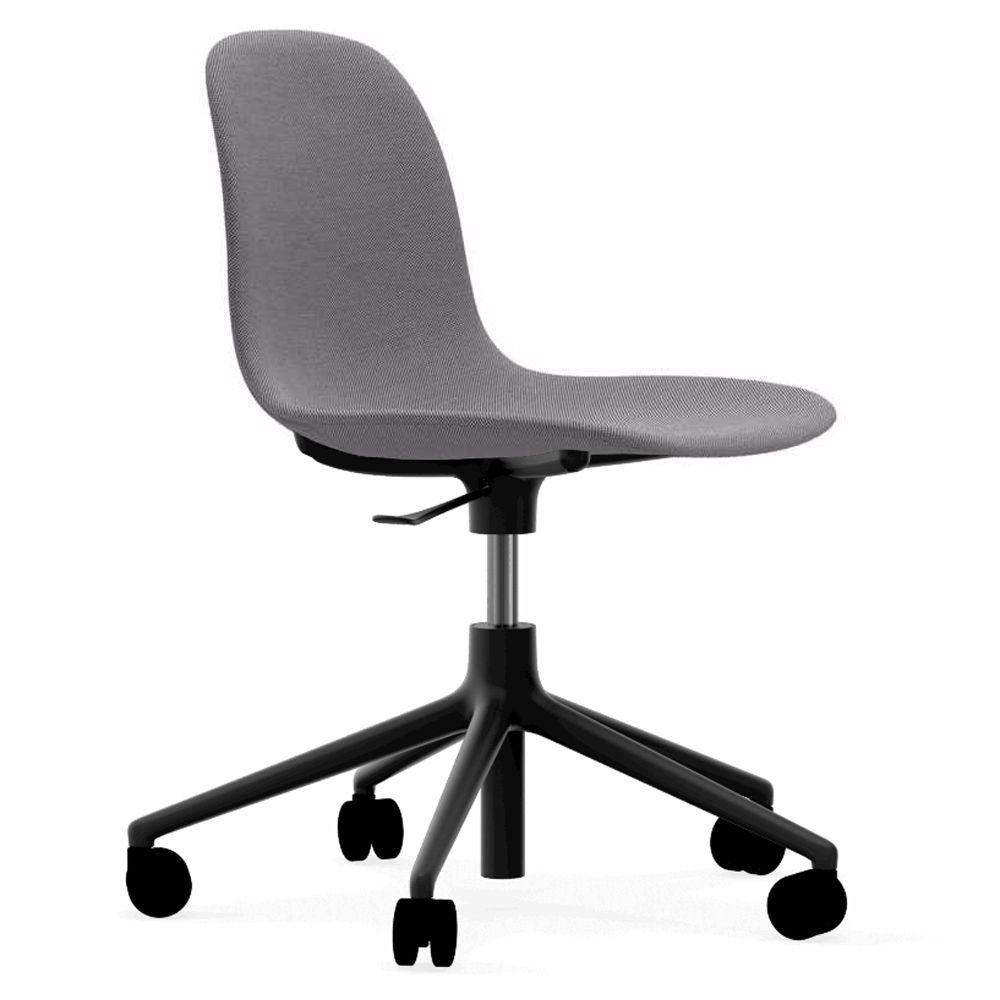 Normann Copenhagen Form Chair bureaustoel met zwart onderstel Steelcut Trio 133 grijs kopen