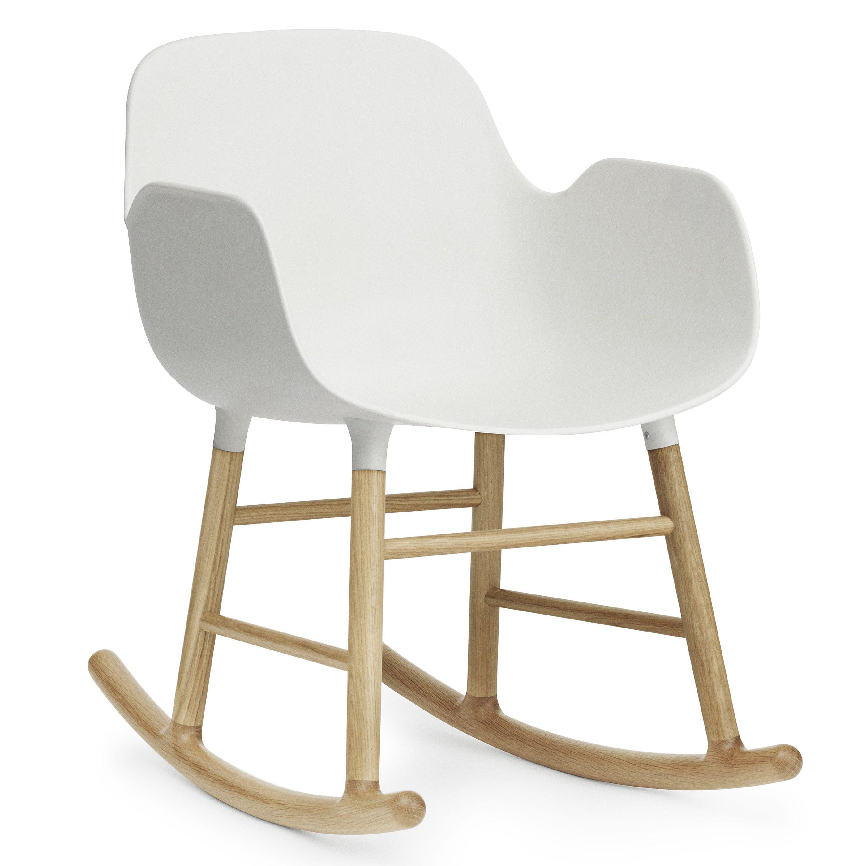 Normann Copenhagen Form Rocking Armchair schommelstoel met eiken onderstel wit kopen