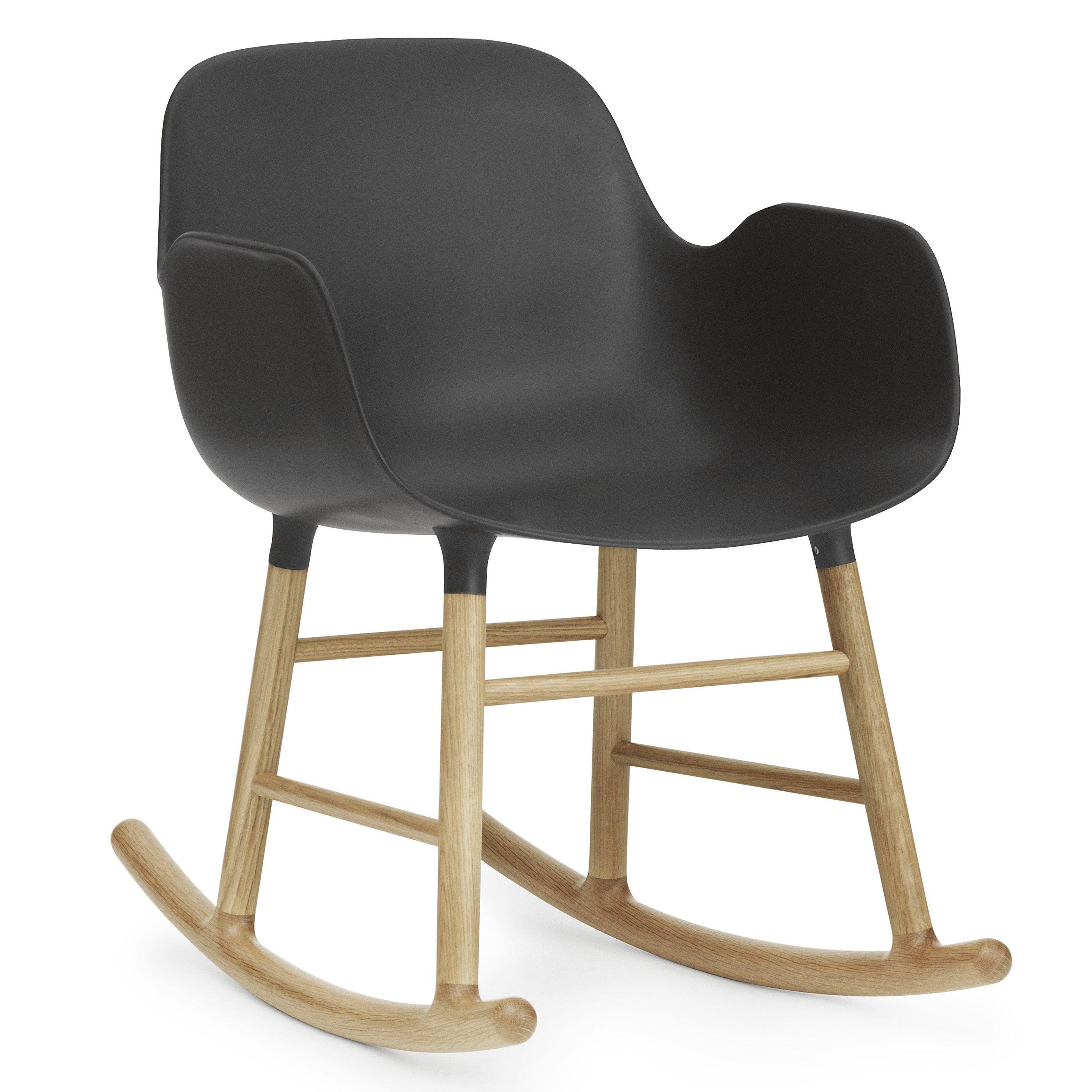 Normann Copenhagen Form Rocking Armchair schommelstoel met eiken onderstel zwart kopen