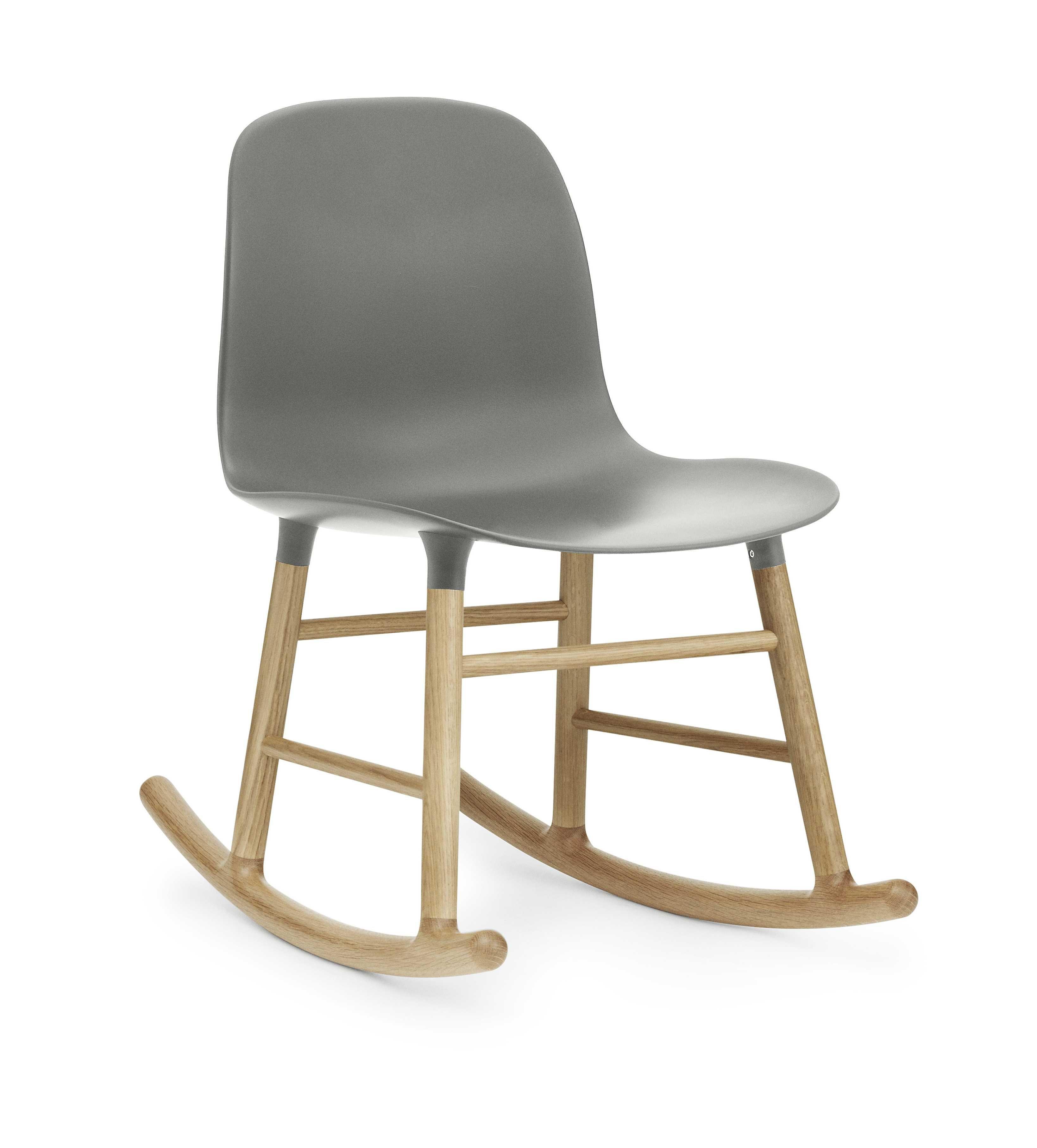 Normann Copenhagen Form Rocking Chair schommelstoel met eiken onderstel grijs kopen