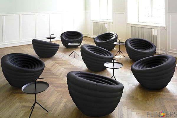 Tafels en stoelen van Hay design