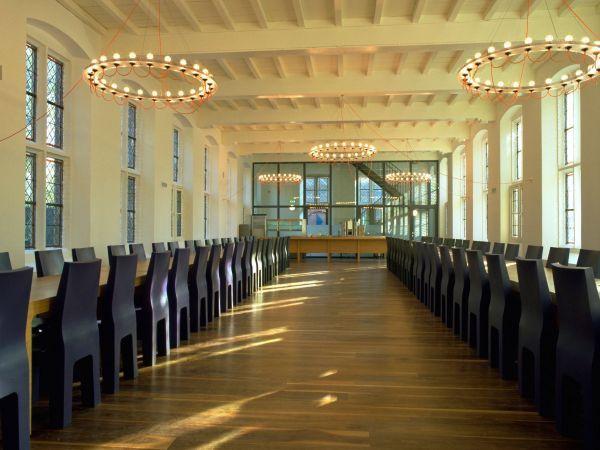 Gispen Centraal Museum kroonluchter