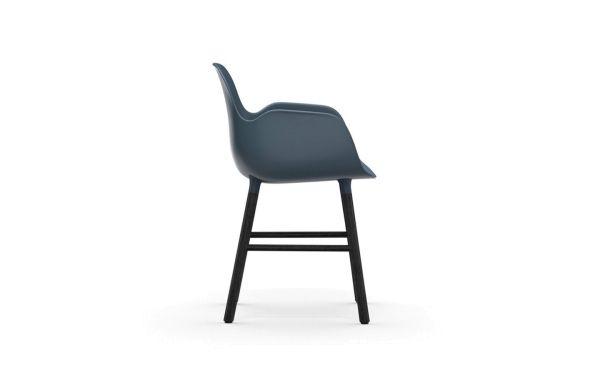 Normann Copenhagen Form Armchair stoel met zwart onderstel