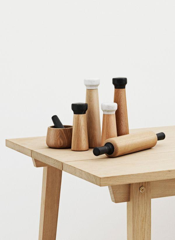 Normann Copenhagen Craft peper- en zoutmolen zwart small