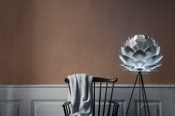 Umage Silvia vloerlamp met zwart onderstel