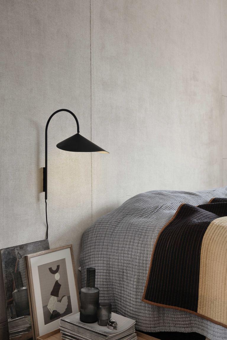 Ferm Living Arum wandlamp zwart