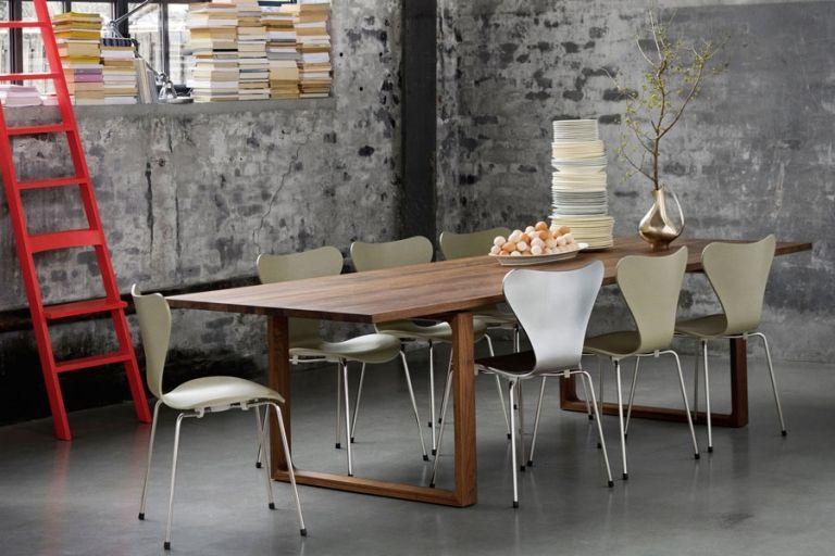Eetkamerstoelen en tafels op maat Leren eetkamerstoel met